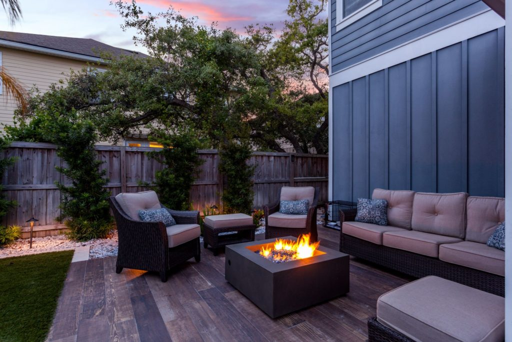 How to Design a Landscape Perfect for Entertaining 1