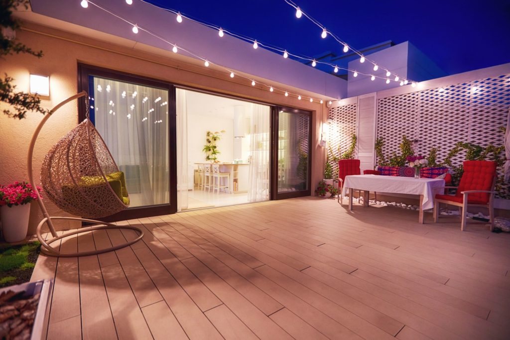 How to Choose the Perfect Lighting for Your Outdoor Space 1