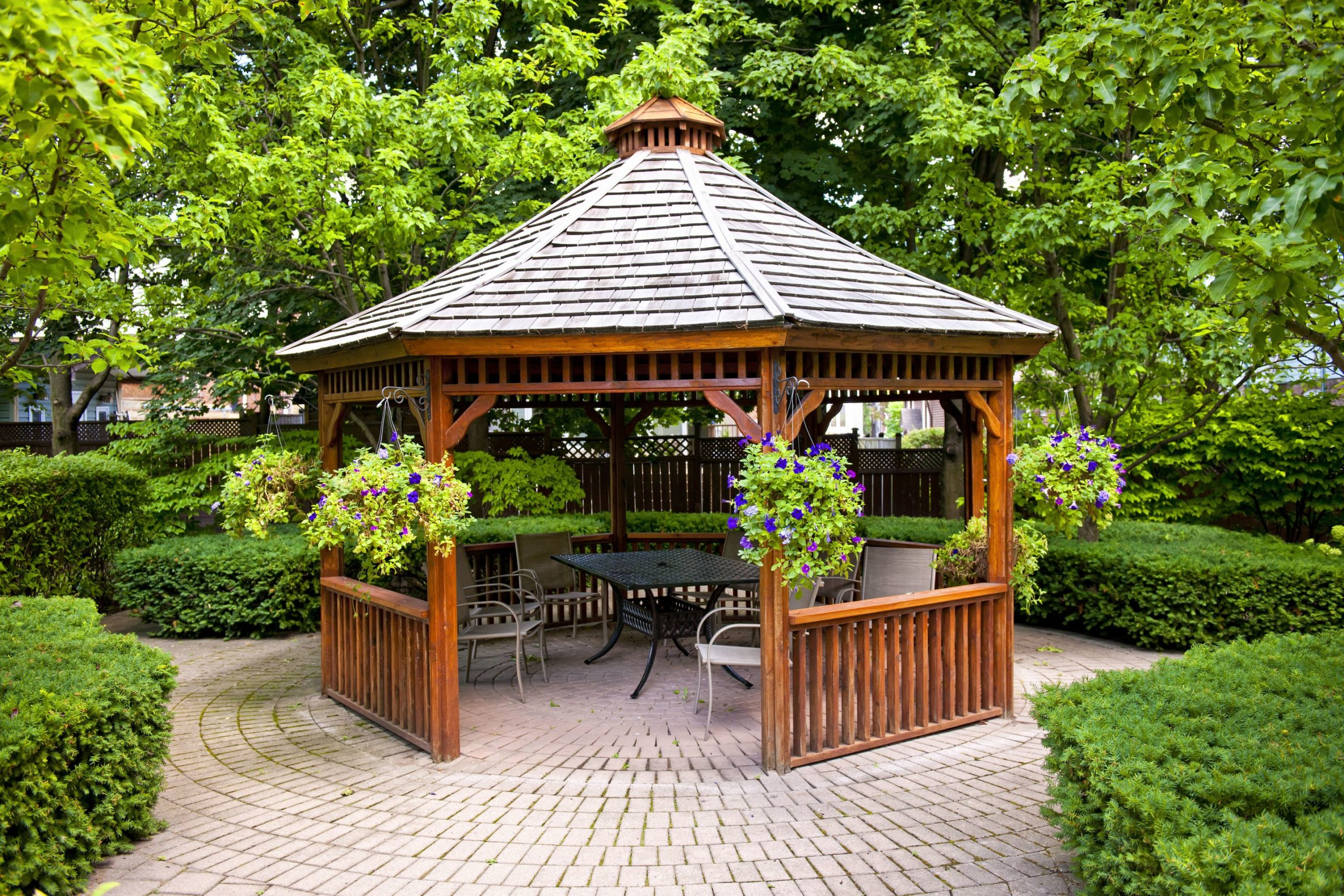 4 Reasons to Install a Gazebo in Your Yard 6
