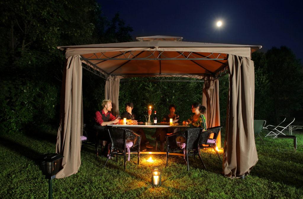 4 Reasons to Install a Gazebo in Your Yard 1