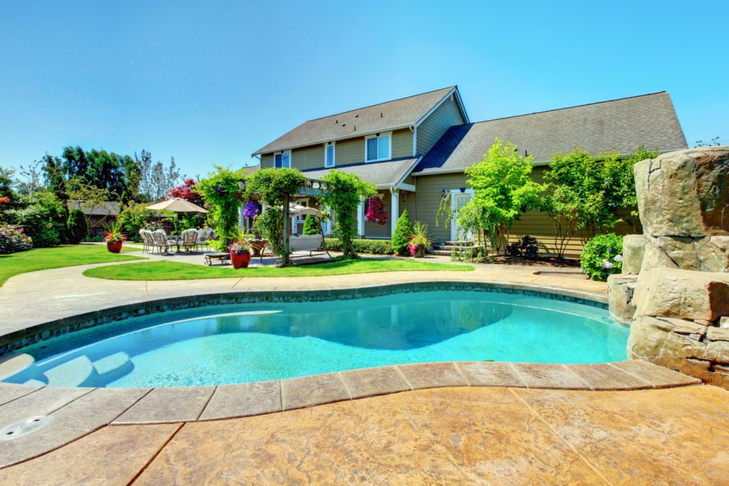 Installing a Backyard Pool to Keep Cool This Summer 1